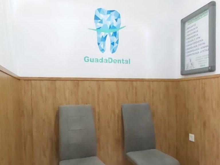sala de espera Guadadental 2